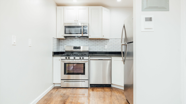 2 Bedrooms, Prospect Heights Rental in NYC for $2,275 - Photo 2