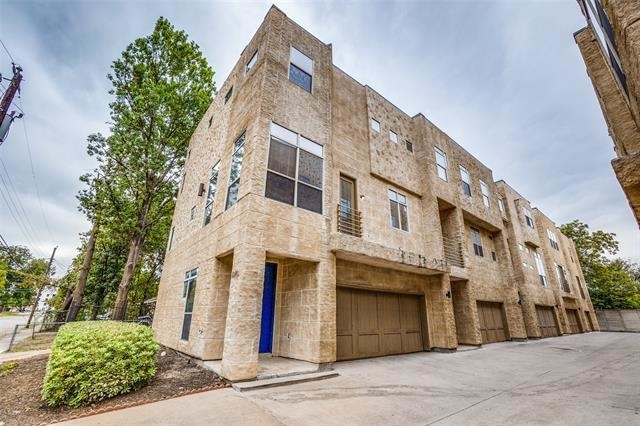2 Bedrooms, Roseland Rental in Dallas for $2,300 - Photo 1