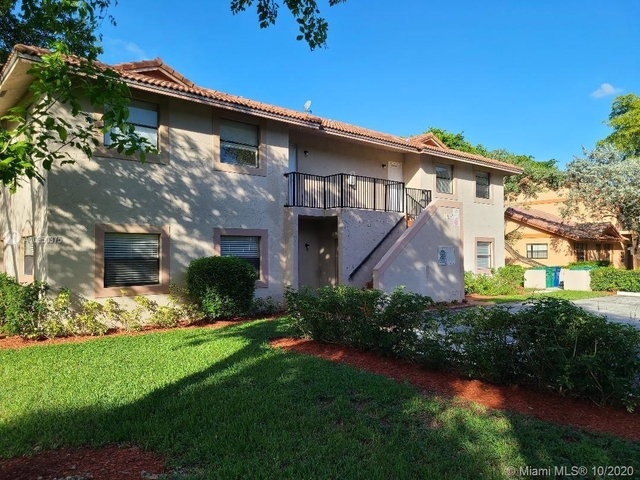 12 Bedrooms, Castlewood Rental in Miami, FL for $10,900 - Photo 1