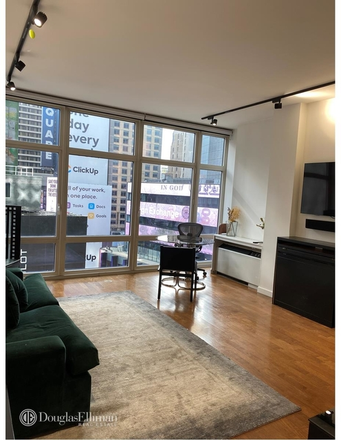1 Bedroom, Theater District Rental in NYC for $3,692 - Photo 1