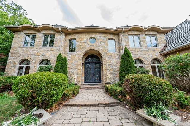 6 Bedrooms, Northfield Rental in Chicago, IL for $9,500 - Photo 1