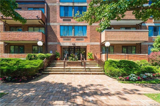 2 Bedrooms, Great Neck Plaza Rental in Long Island, NY for $3,950 - Photo 1