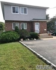 3 Bedrooms, West Babylon Rental in Long Island, NY for $2,650 - Photo 1