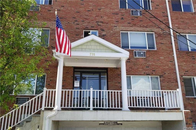 1 Bedroom, Williston Park Rental in Long Island, NY for $2,300 - Photo 1