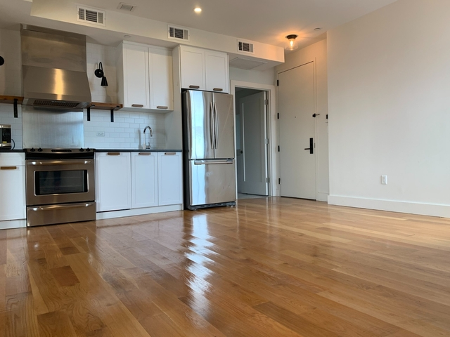 2 Bedrooms, Ridgewood Rental in NYC for $2,667 - Photo 2