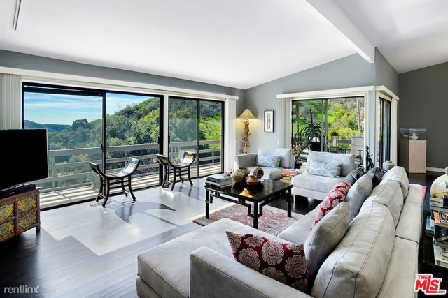 3 Bedrooms, Beverly Crest Rental in Los Angeles, CA for $8,750 - Photo 1