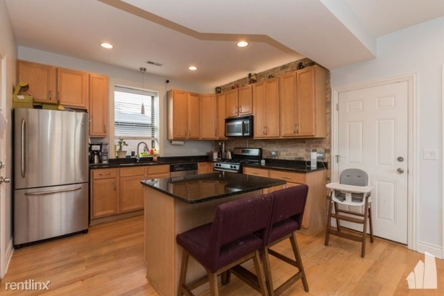 2 Bedrooms, Bucktown Rental in Chicago, IL for $2,550 - Photo 1