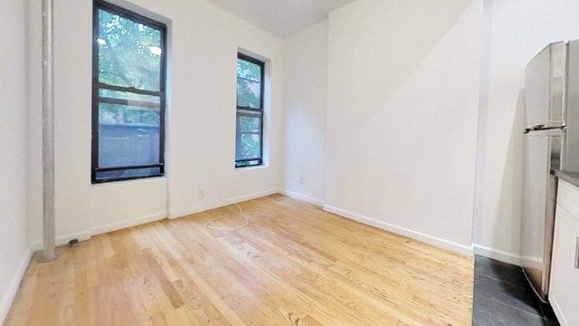 3 Bedrooms, Yorkville Rental in NYC for $2,163 - Photo 1