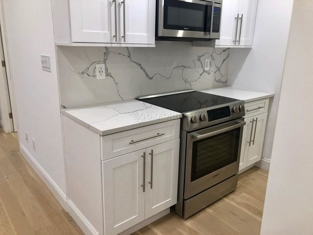 3 Bedrooms, Turtle Bay Rental in NYC for $4,792 - Photo 1