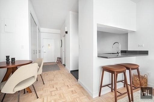 Studio, Yorkville Rental in NYC for $2,789 - Photo 1