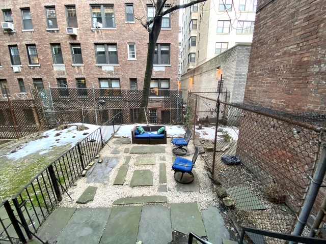 1 Bedroom, Carnegie Hill Rental in NYC for $2,042 - Photo 1