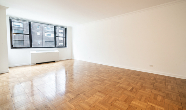 Studio, Hell's Kitchen Rental in NYC for $1,832 - Photo 1