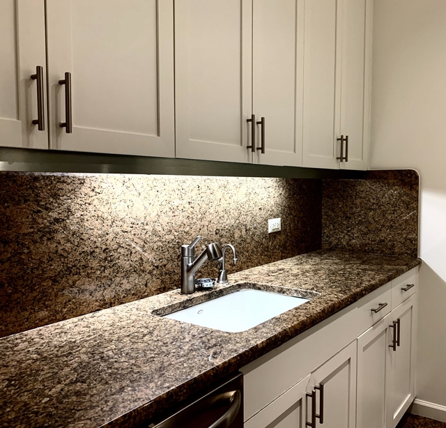 2 Bedrooms, Upper East Side Rental in NYC for $4,346 - Photo 1
