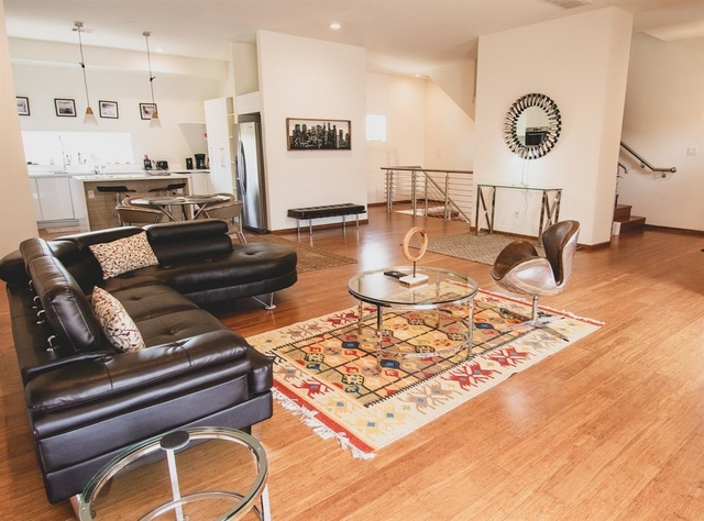 3 Bedrooms, The Museum District Rental in Houston for $3,500 - Photo 1
