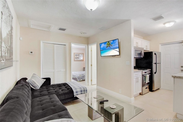 2 Bedrooms, Druid Court Rental in Miami, FL for $1,850 - Photo 1