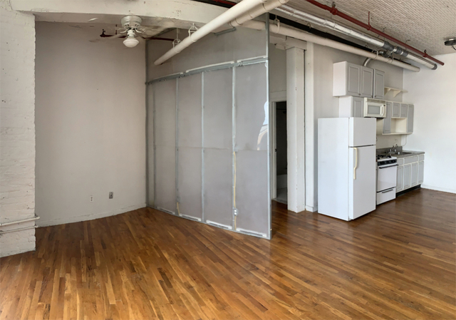 Studio, East Williamsburg Rental in NYC for $2,825 - Photo 2