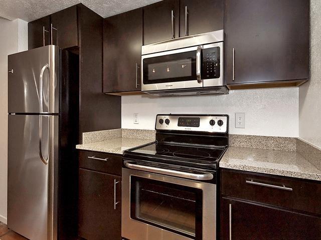 3 Bedrooms, Northeast Dallas Rental in Dallas for $1,575 - Photo 1