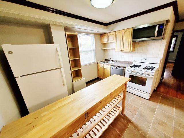2 Bedrooms, Astoria Rental in NYC for $1,975 - Photo 1
