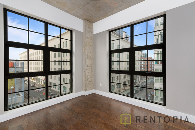 3 Bedrooms, Williamsburg Rental in NYC for $7,900 - Photo 1