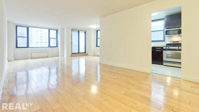 3 Bedrooms, Murray Hill Rental in NYC for $4,500 - Photo 1