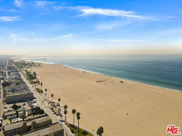 1 Bedroom, Venice Beach Rental in Los Angeles, CA for $2,300 - Photo 1