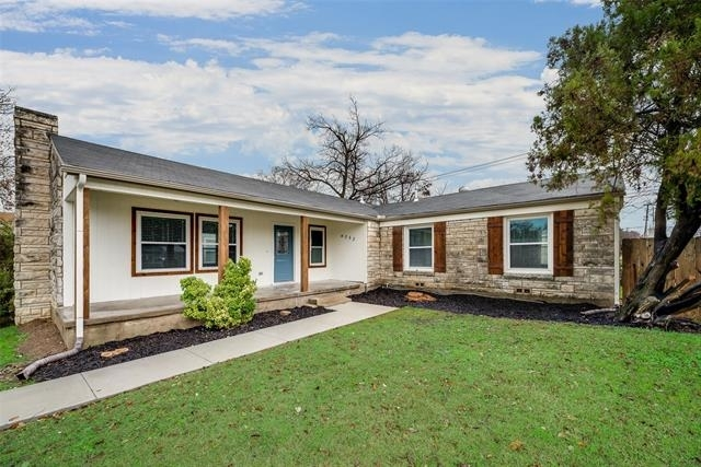 3 Bedrooms, Windsor Place Rental in Dallas for $2,400 - Photo 1