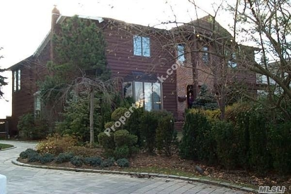 5 Bedrooms, Lawrence Rental in Long Island, NY for $7,900 - Photo 1