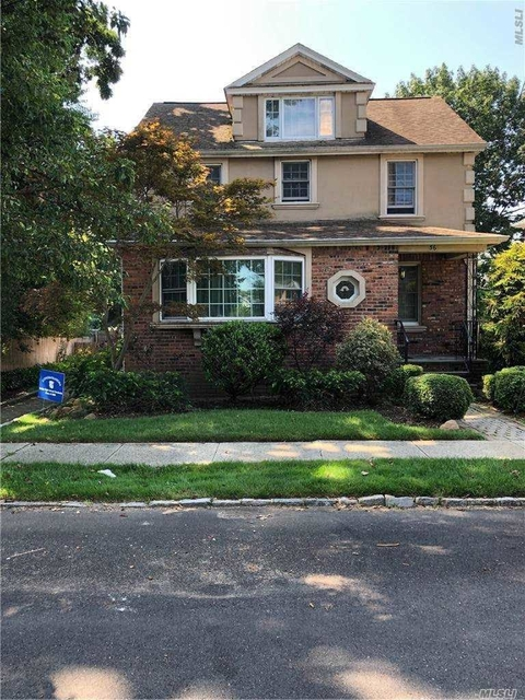 2 Bedrooms, Roslyn Heights Rental in Long Island, NY for $2,300 - Photo 1