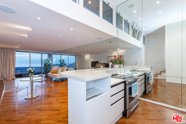 2 Bedrooms, Marina Peninsula Rental in Los Angeles, CA for $6,600 - Photo 1