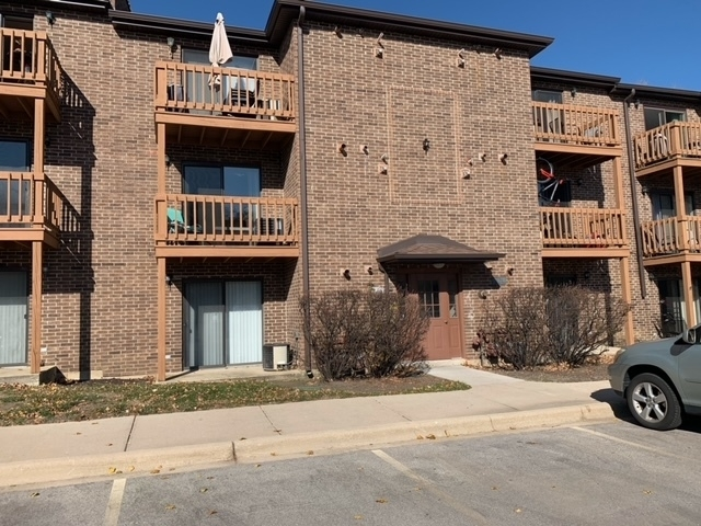 1 Bedroom, Lisle Rental in Chicago, IL for $1,250 - Photo 1