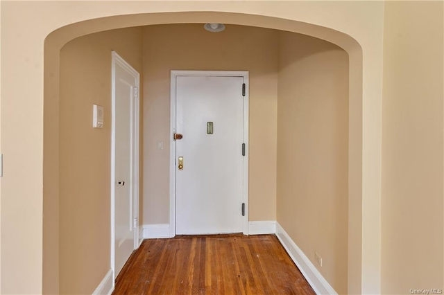 1 Bedroom, Mamaroneck Rental in Long Island, NY for $1,950 - Photo 1