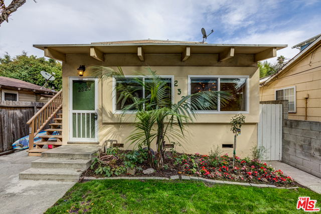 2 Bedrooms, Silver Triangle Rental in Los Angeles, CA for $4,495 - Photo 1