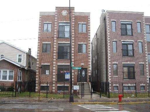 3 Bedrooms, North Park Rental in Chicago, IL for $2,400 - Photo 1