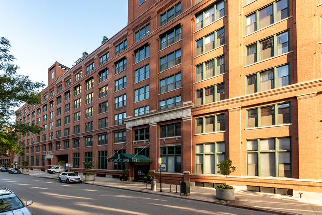 2 Bedrooms, River North Rental in Chicago, IL for $4,995 - Photo 1