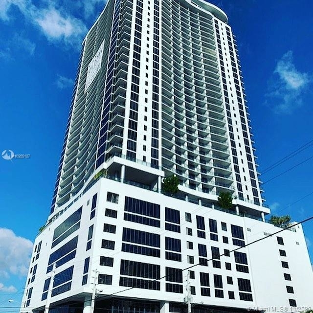 2 Bedrooms, Media and Entertainment District Rental in Miami, FL for $3,075 - Photo 1