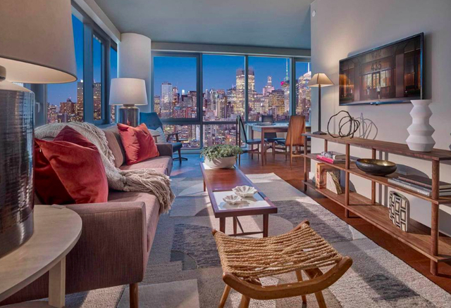 2 Bedrooms, Chelsea Rental in NYC for $7,030 - Photo 1