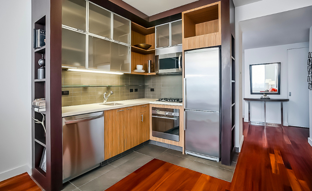 2 Bedrooms, Hell's Kitchen Rental in NYC for $5,365 - Photo 1