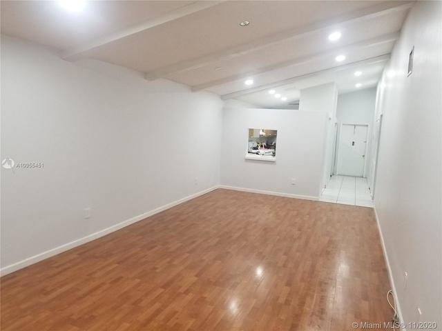 2 Bedrooms, Omega Villas Condominiums Rental in Miami, FL for $1,600 - Photo 1
