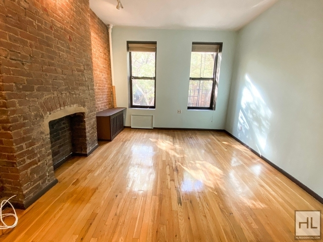 2 Bedrooms, Yorkville Rental in NYC for $2,490 - Photo 1