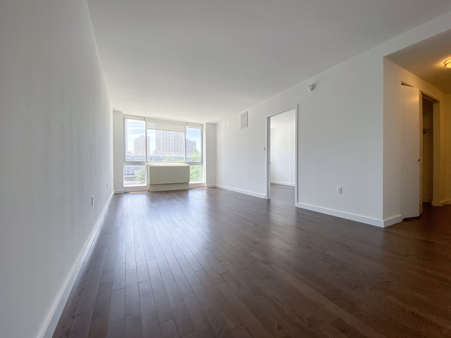 Room, Alphabet City Rental in NYC for $1,348 - Photo 1