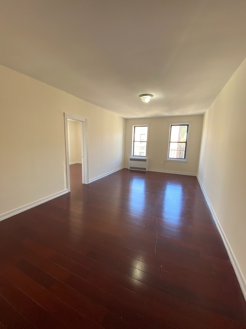 2 Bedrooms, Inwood Rental in NYC for $2,650 - Photo 1