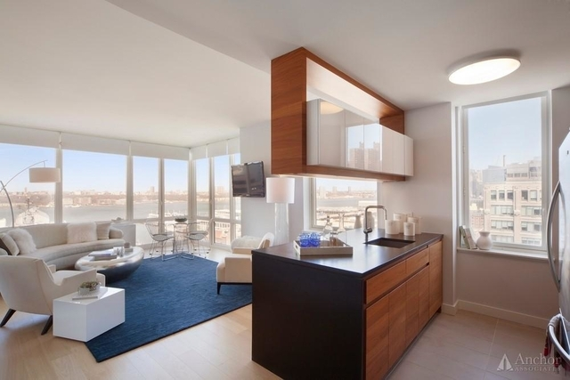 2 Bedrooms, Hell's Kitchen Rental in NYC for $6,165 - Photo 1