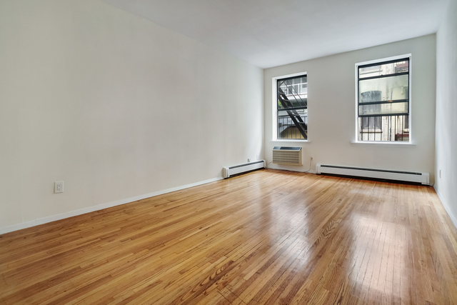 Studio, Hell's Kitchen Rental in NYC for $1,650 - Photo 1