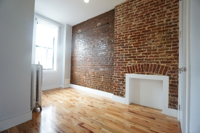 3 Bedrooms, Bushwick Rental in NYC for $1,999 - Photo 1