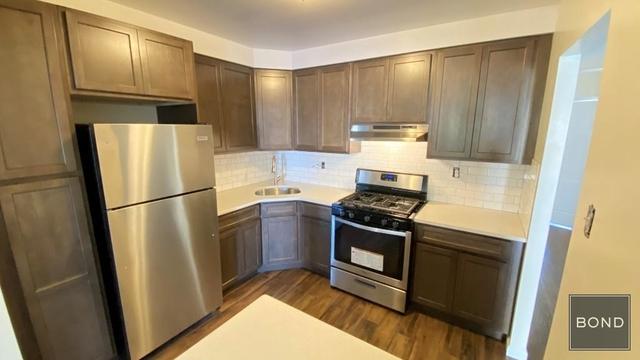 3 Bedrooms, Astoria Rental in NYC for $2,677 - Photo 1