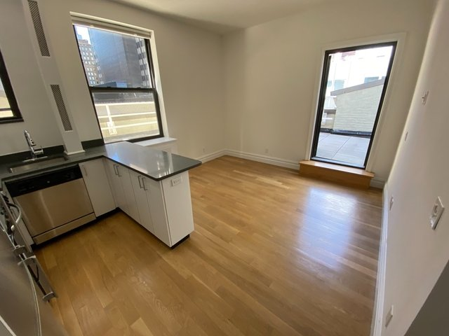 2 Bedrooms, Turtle Bay Rental in NYC for $4,500 - Photo 1