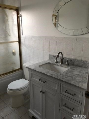 2 Bedrooms, East Islip Rental in Long Island, NY for $4,000 - Photo 1