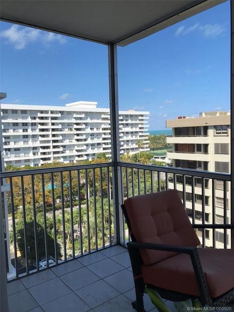 2 Bedrooms, Village of Key Biscayne Rental in Miami, FL for $2,599 - Photo 1