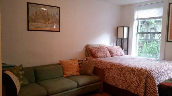 Studio, East Village Rental in NYC for $1,625 - Photo 1