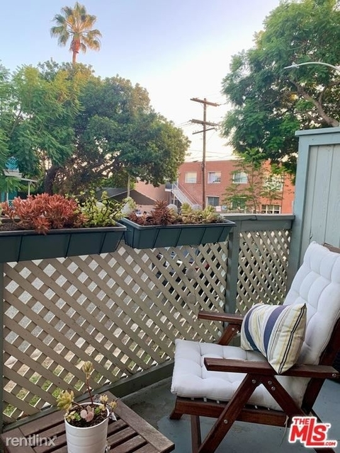 2 Bedrooms, Pico Rental in Los Angeles, CA for $3,900 - Photo 1